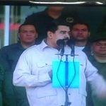Pdte @NicolasMaduro ratifica la importancia de la union cívico militar en función de cuidar el pueblo con la PAZ http://t.co/0wJXltF9E1