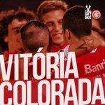 VITÓRIA! Com gols de Lisandro López e Rodrigo Dourado, o Inter venceu o Sport por 2-1, no Beira-Rio! http://t.co/0Fe4MxWgby