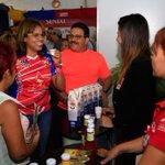 FOTOS: Candidata del Circuito 1 Aragua @CarylBertho recorriendo el 2do día de la #ExpoAraguaPotencia2015 http://t.co/QbC69UjMMd