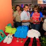 FOTOS: Candidata del Circuito 1 Aragua @CarylBertho recorriendo el 2do día de la #ExpoAraguaPotencia2015 http://t.co/sOCVYO4AUC