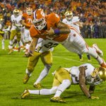 First half photos from #NDvsCLEM. @NDFootball fans will not like this. http://t.co/SNcn7uDOJl http://t.co/W8GE8dqs8s