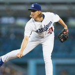 A quick 1-2-3 inning for Zack Greinke, who has 7 Ks so far. #Dodgers hold a 2-1 lead in the 7th. http://t.co/MRxRnnRIPB