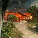 Via @DokDonk: Terkini Terjadi Kebakaran Gudang Banih Di Daerah Tatah Pemangkih, Info Balakar 654 @InBanua2 http://t.co/uC5Xx5b0Gu