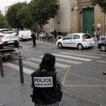 #Marseille : grosse frayeur aux #Baumettes http://t.co/SKPjpmEiDC #FaitDivers http://t.co/yUaOLoq7Mu
