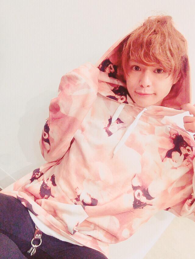 http://twitter.com/gonsuzuki0425/status/650593199405162497/photo/1