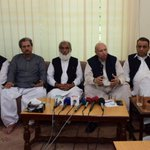 .@ChMSarwar with JI leaders at Mansoora where JI announced to support #PTI in #NA122 Lahore! http://t.co/HYMMCQpXgb