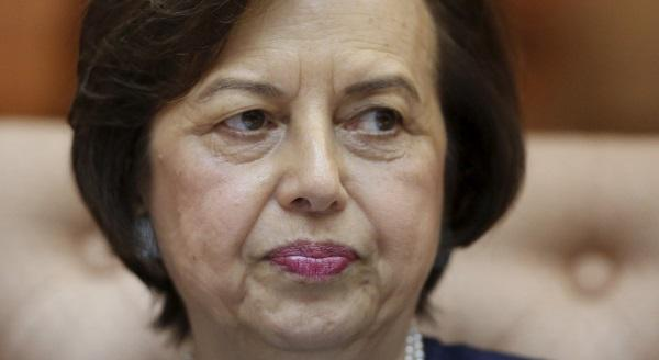 Malaysia central bank's Zeti: do your country a big favour – stand up to the prime minister http://t.co/Ev3KP4EeRx http://t.co/B5BPZLU8FH