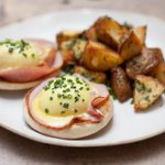 Time for brunch! Hit up one of these awesome brunch spots in #nyc http://t.co/ximOHjHvmd #brunch http://t.co/VJqSavoMx7