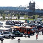 Sunny skies as #Bengals fans tailgate outside of Paul Brown Stadium. Bengals 3-0 take on #Chiefs at 1pm. @Enquirer http://t.co/OqtG9Zod8k