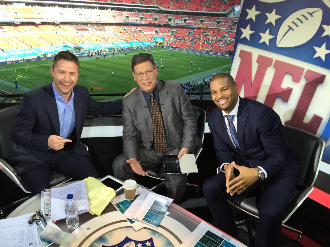Me, @Carlsonsports @OsiUmenyiora getting ready to go for #Dolphins #Jets live on BBC2 from 14.00 @BBCSport http://t.co/jiI634ZGmq