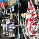 #Venezia alle 15.30 inizia presidio a Zattere contro scavo canale vittorio emanuele in #laguna e #grandinavi http://t.co/piggiI8dmw