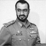 سيدي الشيخ محمد هو القائد والمعلم وهو بحد ذاته مدرسة تعلم كل معاني مكارم الاخلاق وسمو النفس #اليوم_العالمي_للمعلم http://t.co/lxhlvOUqWN