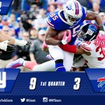 #Giants lead 9-3 at the end of the first quarter! Lets go BIG BLUE! #NYGvsBUF http://t.co/jlPaiNEuhO