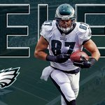 TOUCHDOWN EAGLES Sam Bradford with his 2nd TD pass, 10 yards to Brent Celek. PHI and WAS now tied at 13. http://t.co/cZjxncZgDN