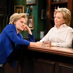 """How Hillary Clinton, playing a bartender with advice for Hillary Clinton, did on """"SNL"""" http://t.co/HdmCxYsaiu http://t.co/7l7lxdJgzs"""