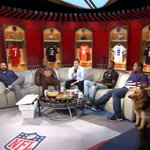 RT @NFLNow: Look... @AroundTheNFL's @greggrosenthal is on the #GamedayBlitz couch!