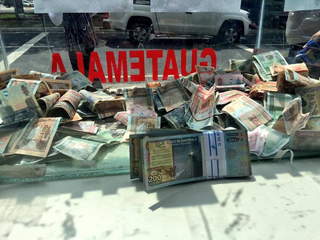 """@sonora969: Una familia anónima acaba de aportar Q20.000 a la campaña #UnQuetzalParaElCambray http://t.co/EtIVSbkgvW"""