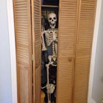 me waiting for you to realease focus and stop teasing us @ArianaGrande http://t.co/v1mOBskGdT