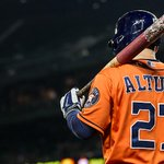 Jose Altuve with a 2nd straight 200-hit season. Only other @astros player with ONE? Biggio. http://t.co/aLuNpMFv7C http://t.co/1pWblqI70j