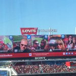 #49ers getting handled at home midway through 4th quarter but fans making the best of it sending in those selfies http://t.co/IAHOotIZJw