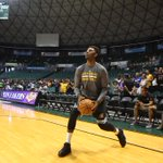 Swaggy #AlohaLakers http://t.co/V1hxbV4PPX