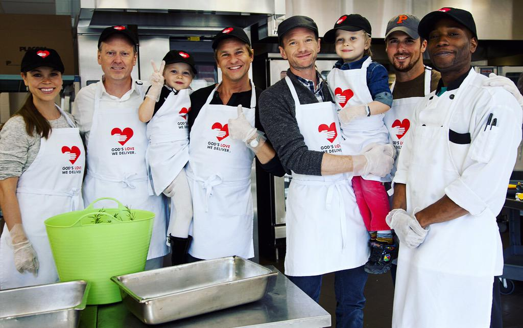 A special thank you to @ActuallyNPH and his family for lending a helping hand in our herb garden and kitchen today! http://t.co/ohsgVzQCGt
