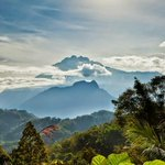 #Mount Kinabalu, beautifully captured by talented local photographer #Jane Odu #Sabah - the best of Borneo http://t.co/d4kGZjpuXf