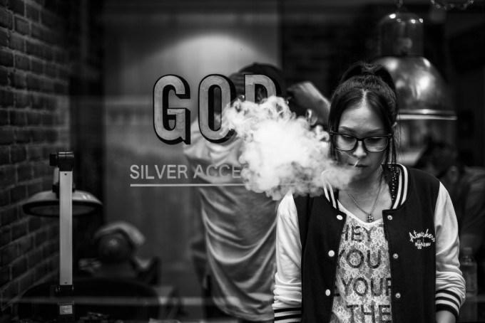 Street Photographer Hiroki Fujitani says that he takes pictures of people that he finds… http://t.co/Wh6lPXGn9X http://t.co/hEQuI6TKfa