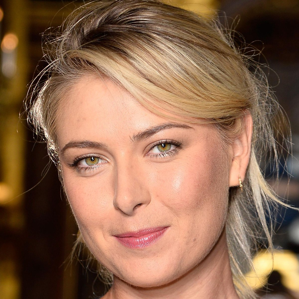 RT @BazaarBeauty: Kicking off our October Beauty Muses is @MariaSharapova and her glowing skin http://t.co/EnKouJEw1B #BeautyMuse http://t.…