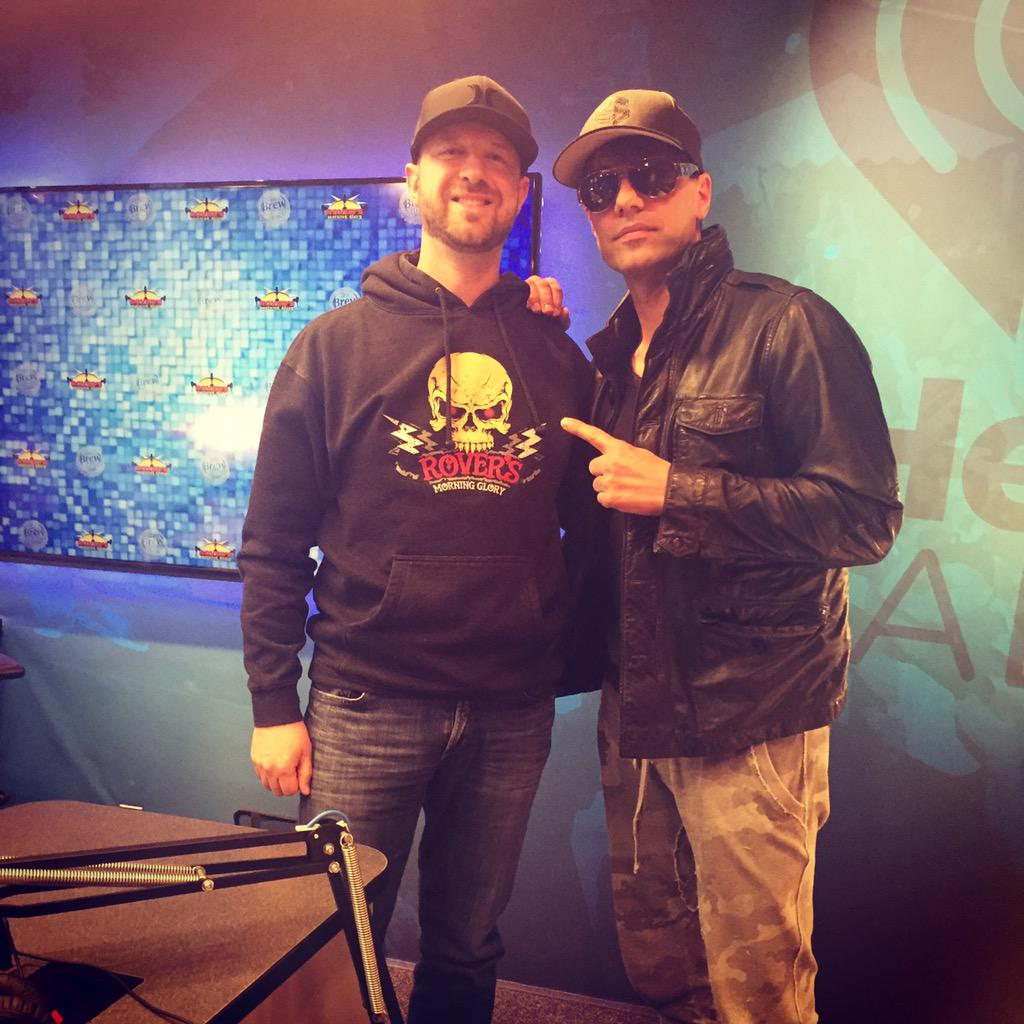 Thanks @CrissAngel for stopping by to chat w/ @RoverRadio this morning! Supernaturalist show @akroncivic 10/6 & 10/7! http://t.co/UsINzOdfaz
