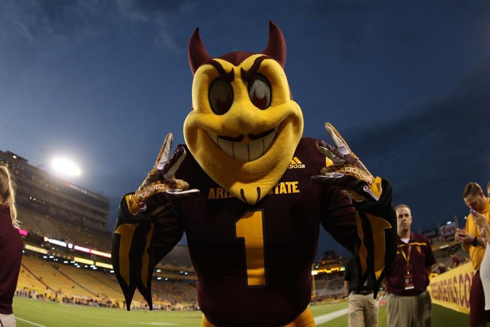 Opinion: UA embarrasses Tucson with ridiculous petition to ban Sparky http://t.co/5ZagvTuPxO via @abkbundy http://t.co/Myfp4yP41S