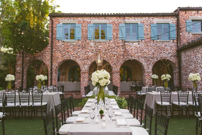 We adore this elegant wedding reception design! See more --> http://t.co/AQIErTZti3 http://t.co/o24xhCP5OF