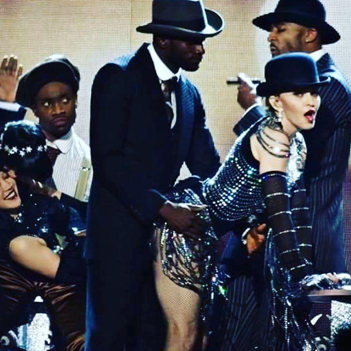 I believe this Man is Molesting Me!????????. ❤️ #rebelhearttour http://t.co/miVYKrwWIb