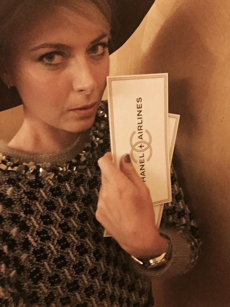One way ticket to luxury with @CHANEL #PFW #ChanelAirlines http://t.co/Sgc5wZXrWL