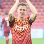 Wed like to wish our skipper, Stephen Darby a very happy 27th birthday. Have a good one @sdarbs10 - Goal tonight? http://t.co/HKVzb4YI0R
