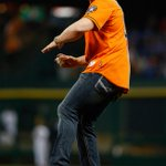 Best of luck to the @astros tonight! Bring back a W!   #HustleTown #HTownPride http://t.co/S46342pDfb