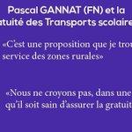 Il a pas lair comme ça mais en fait @pgannat est champion olympique de grand écart ! #girouette #PDL2015 http://t.co/t24eP53ecD