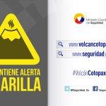 Buen día Ecuador. #VolcánCotopaxi al momento nublado. Mantiene alerta amarilla. Infórmese por los canales oficiales. http://t.co/KbJxSGj7Dp