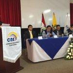 #NoraEspí de @uotavalo brinda bienvenida a ciudadanía y a entidades de #Democracia en Conversatorio http://t.co/yTiZBBAg5N