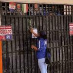 Diez locales comerciales en #Manabí clausurados por tenencia de mercadería ilegal. http://t.co/b2VhQKzbZL http://t.co/f1lbtufzZE