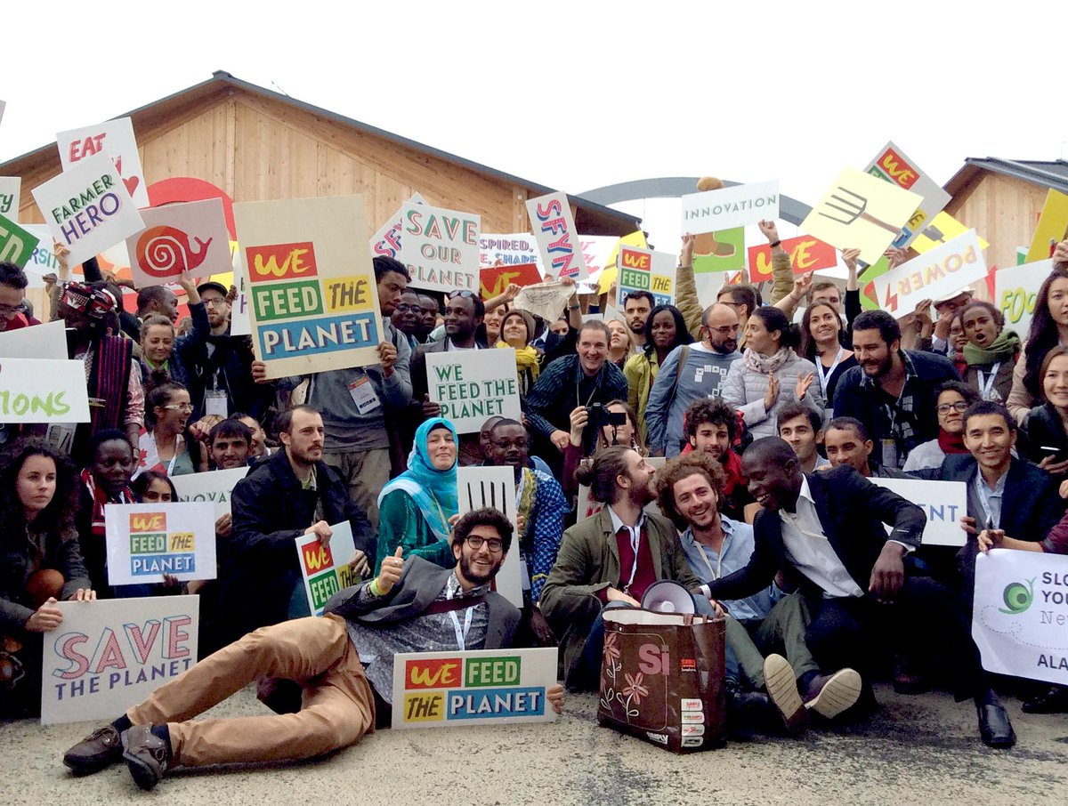 What an end! 2,500 young food producers march through #Expo2015, showing the world who really feeds the planet #WFTP http://t.co/sBwT7JlwwG