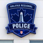 Halifax police investigating bomb threat at elementary school, officers clearing building. http://t.co/JtaubJ8Nd0 http://t.co/V3HnEQzTJr