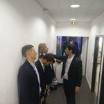 Notre hypnotiseur prépare Gilles,Mathieu et Bertrand pour la suite... #TPMP http://t.co/qx3wgpNkZP