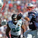 On @jeffphowes Patriots to-do list: Let Tom Brady chase P. Manning's NFL TD record (55) http://t.co/4c8QzVBZ84 http://t.co/Wy0jxc7ton