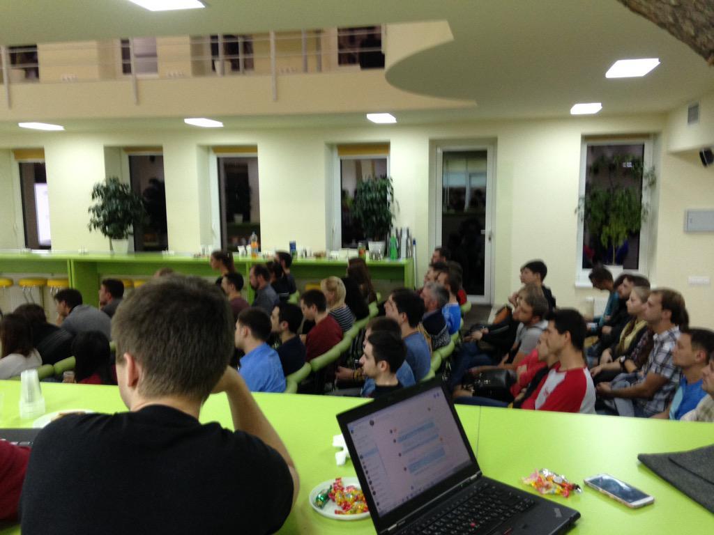 test Twitter Media - все автотестировщики Днепропетровска в одном зале #qacommunity http://t.co/TZT79Usepz