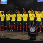 Tricolor tiene nueva piel para las eliminatorias http://t.co/cHKCAFGsag http://t.co/8MOd6dObIC