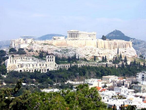 Acrópolis de Atenas, Grecia. http://t.co/hQLfEZMFbI
