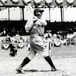 On this day 89 years ago, Babe Ruth became first player to hit 3 HR in a World Series game. http://t.co/RMtehEgCLH