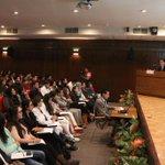 Con los alumnos de la Universidad Anáhuac @Rector_Anahuac @anahuac @eruviel_avila http://t.co/tW1iVQw7u4