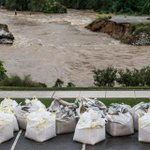 Deadly floods in South Carolina could force the LSU game to be played elsewhere. http://t.co/imQh2ecraI http://t.co/JMGDAkMdyx